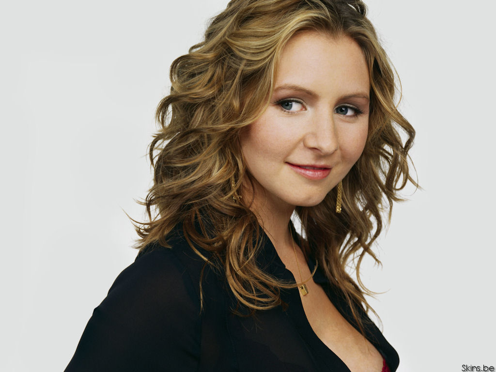 1024x768 - Beverley Mitchell Wallpapers 2