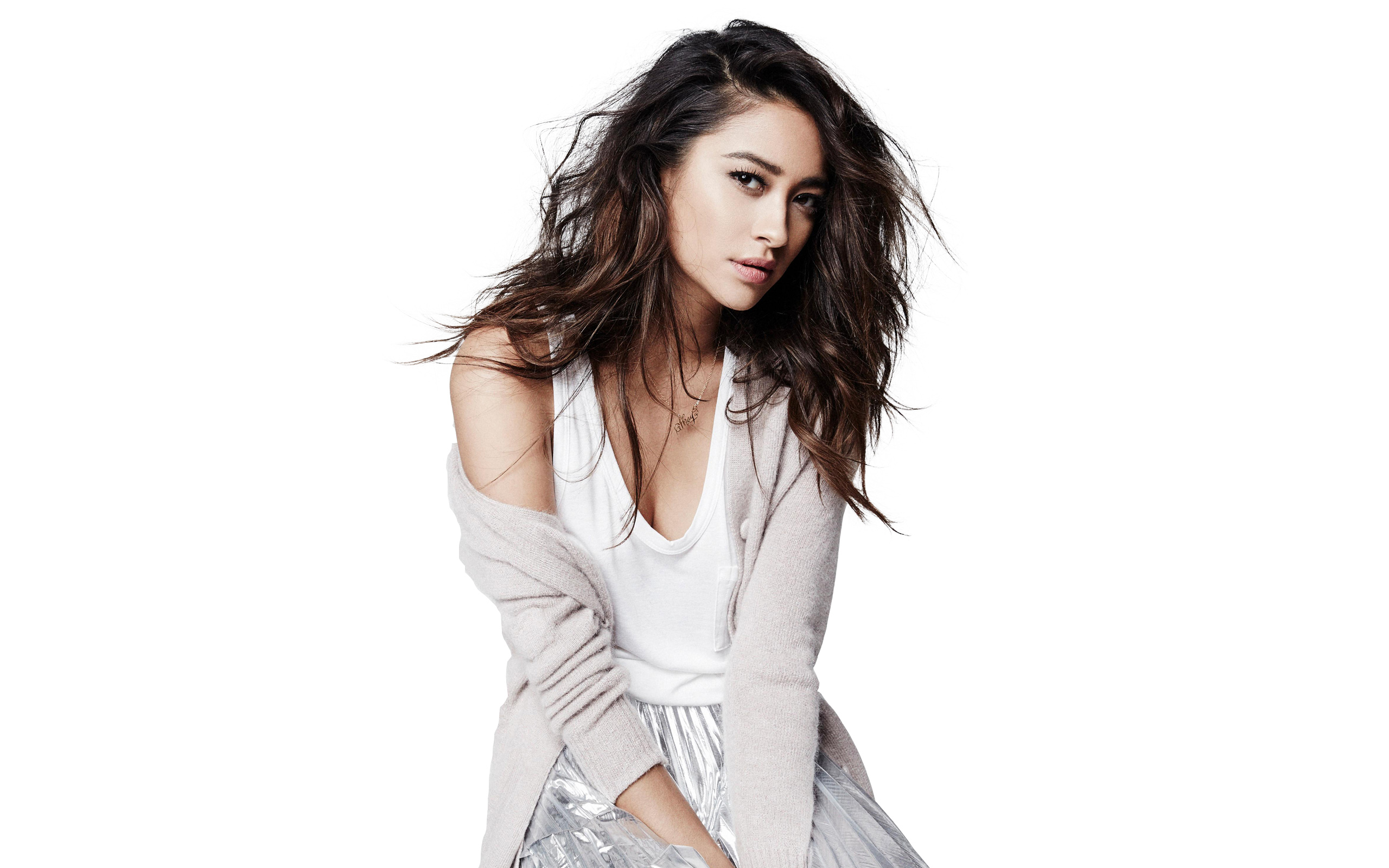 2560x1600 - Shay Mitchell Wallpapers 7