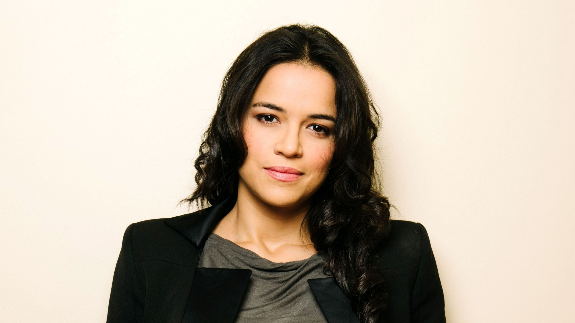 1920x1080 - Michelle Rodriguez Wallpapers 32