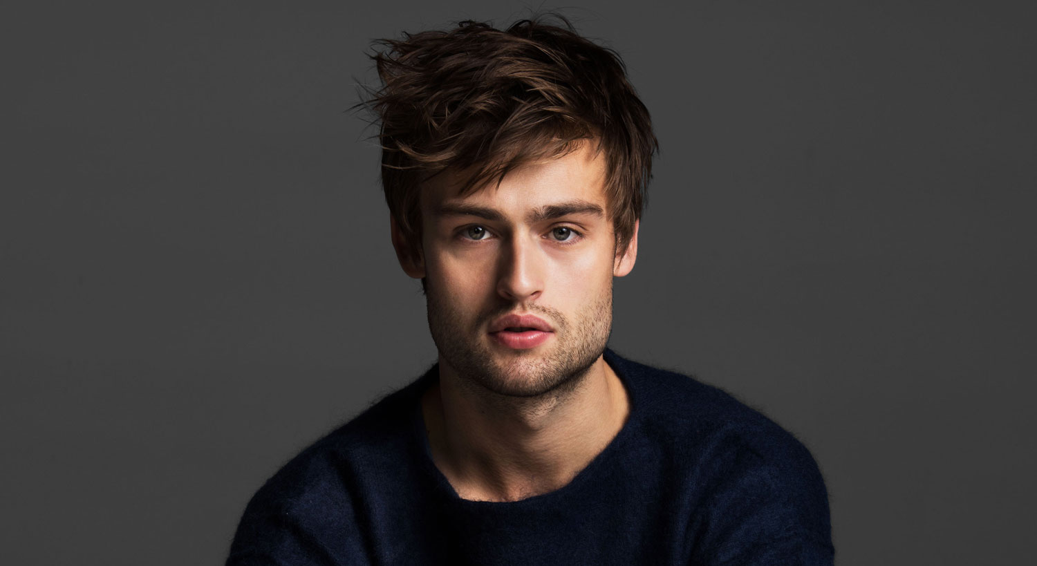 1500x819 - Douglas Booth Wallpapers 3