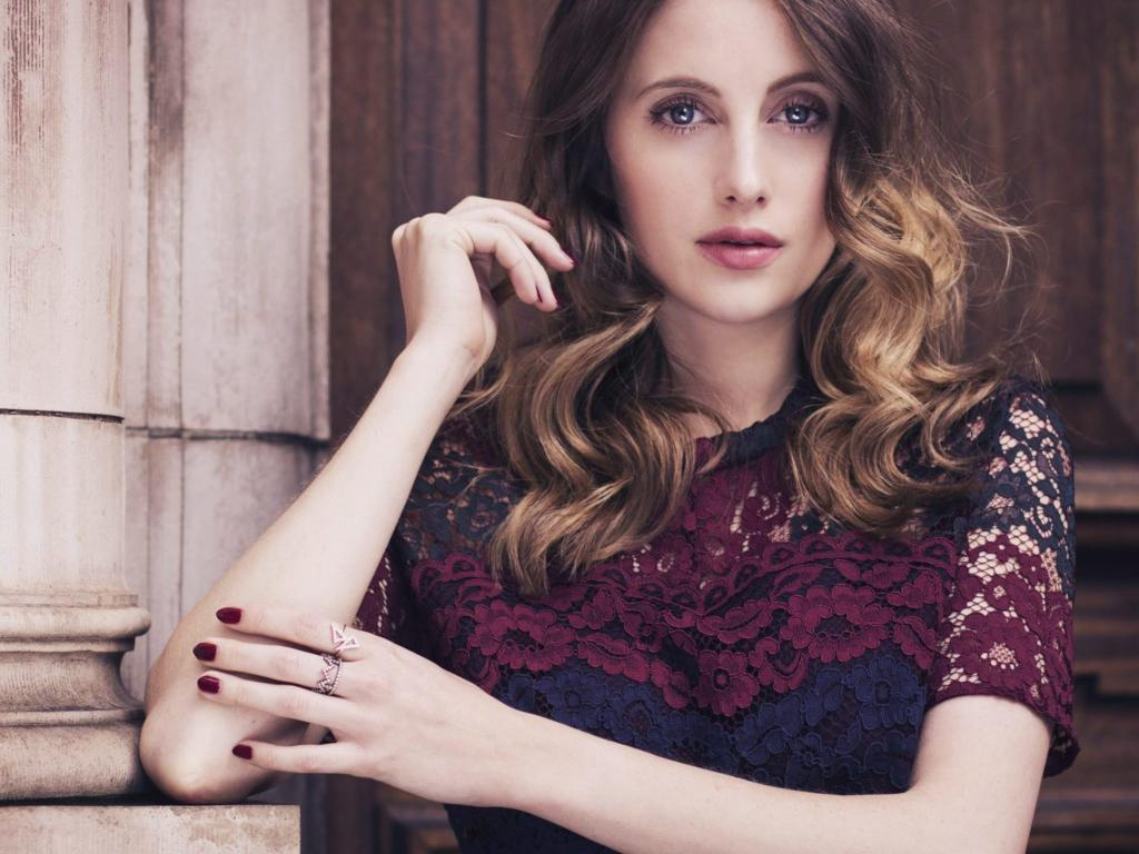 1024x768 - Rosie Fortescue Wallpapers 15