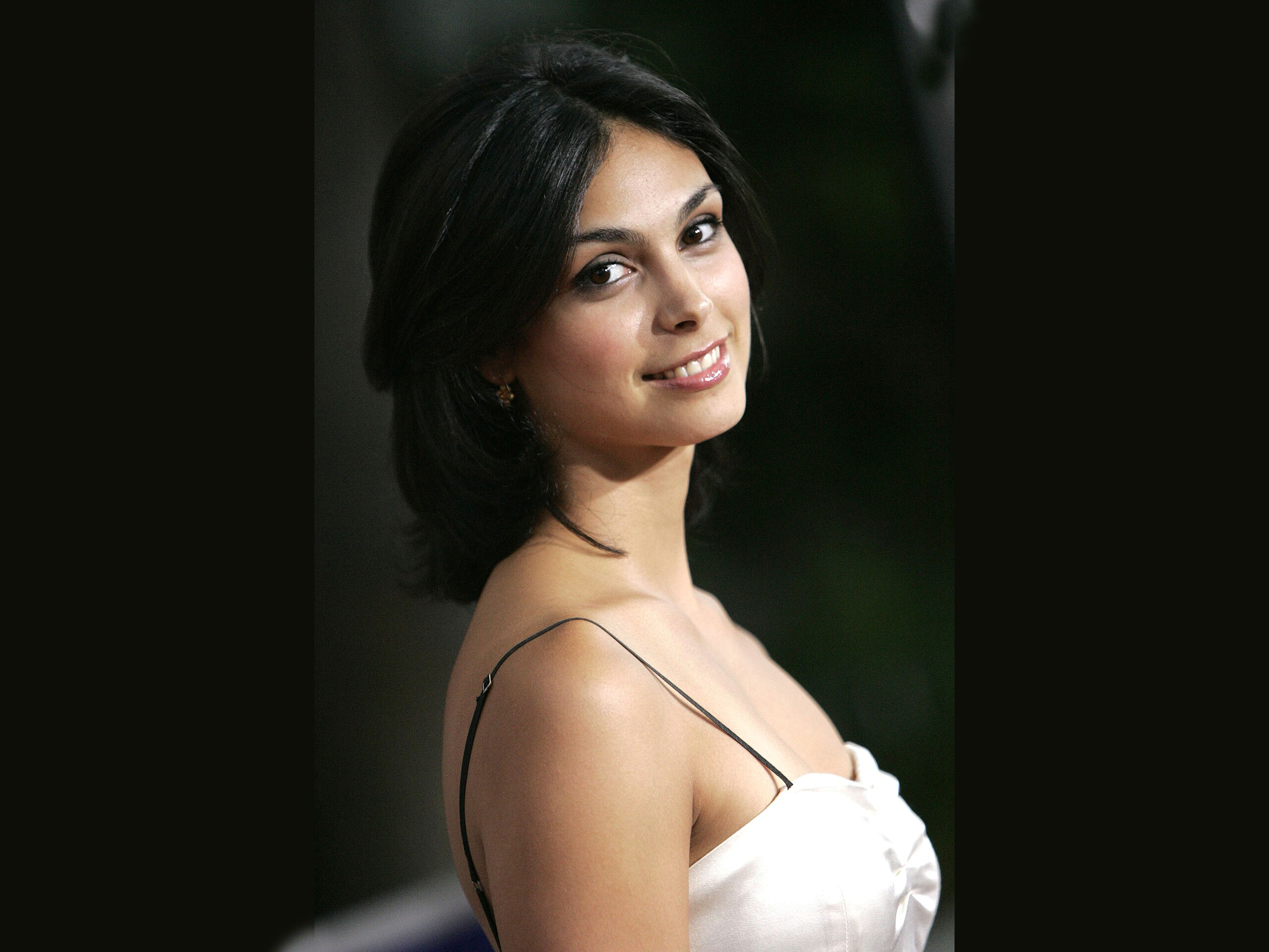 2560x1920 - Morena Baccarin Wallpapers 12