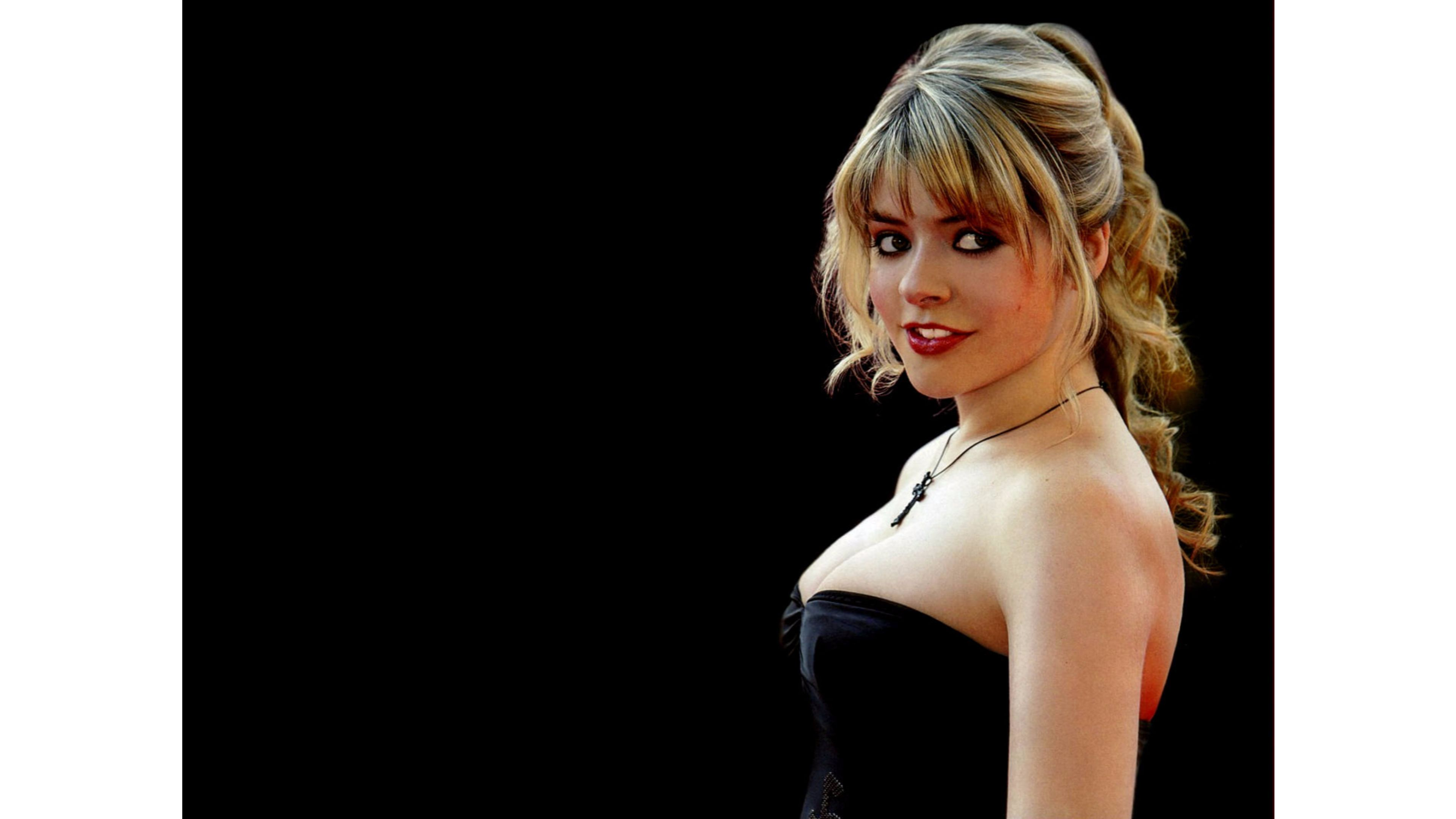 3840x2160 - Holly Willoughby Wallpapers 10