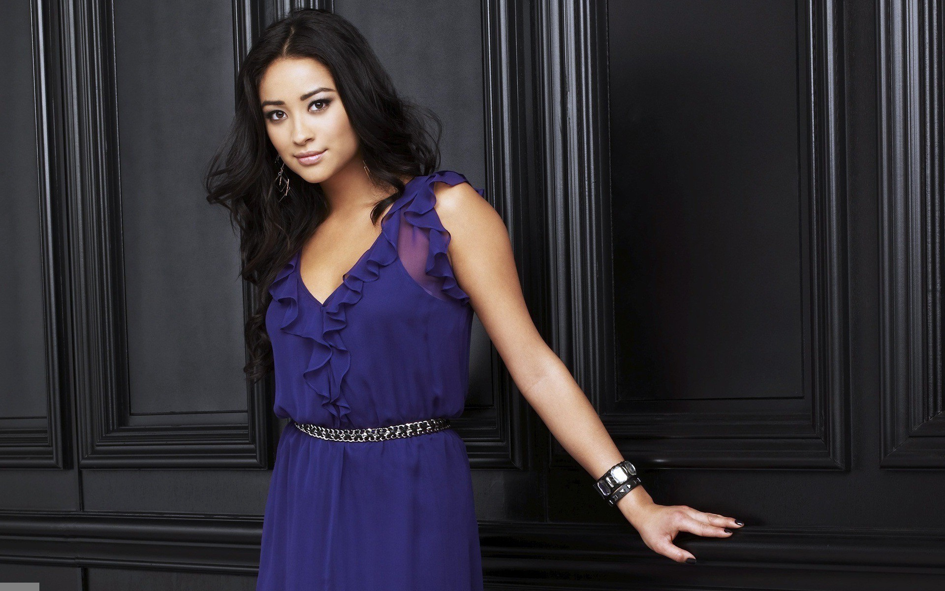 1920x1200 - Shay Mitchell Wallpapers 8