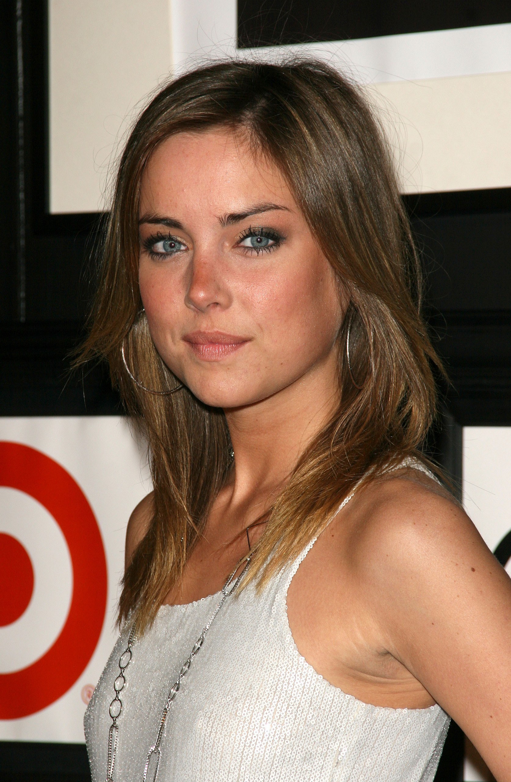 1674x2560 - Jessica Stroup Wallpapers 18