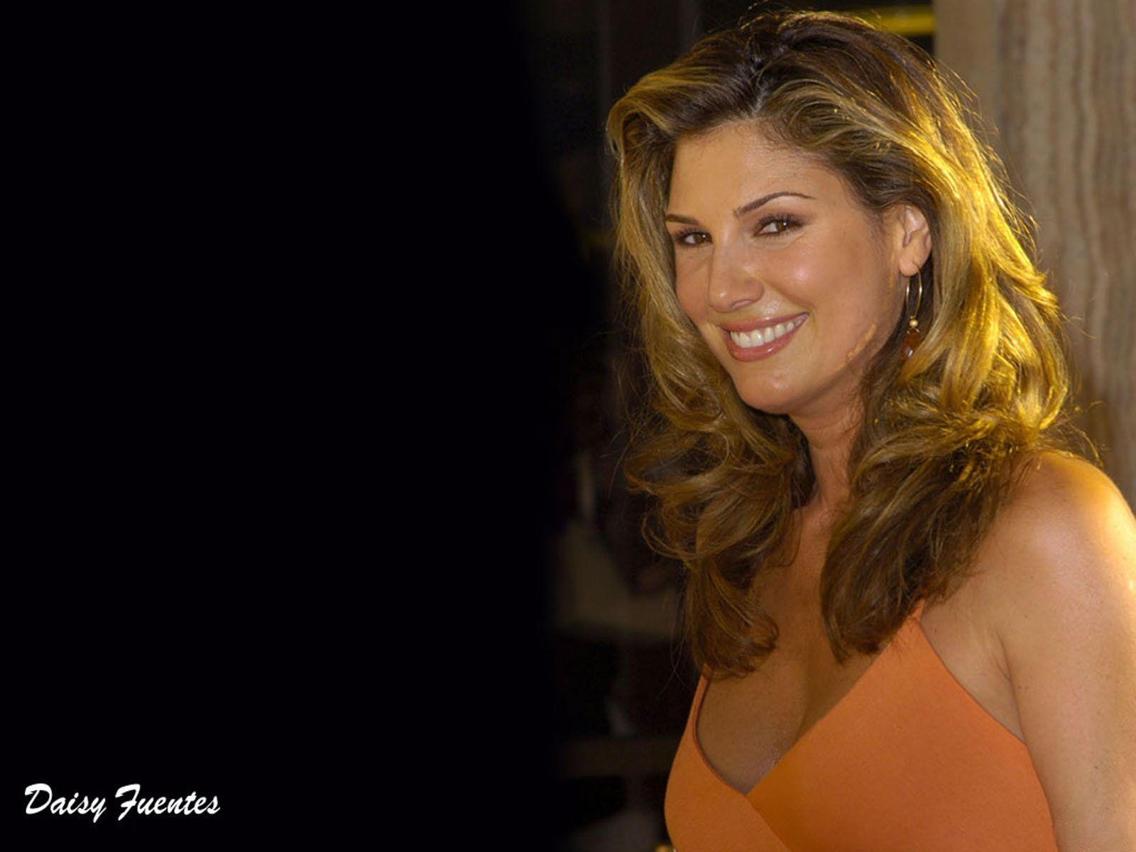 1600x1200 - Daisy Fuentes Wallpapers 12