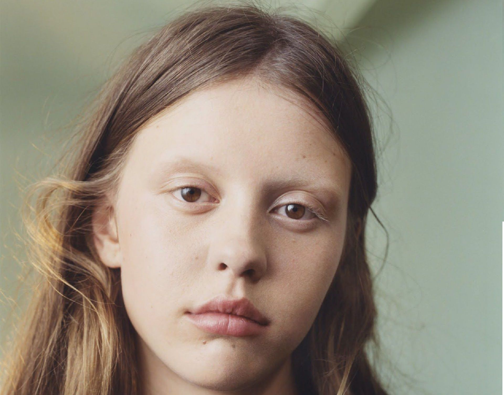 1920x1505 - Mia Goth Wallpapers 2