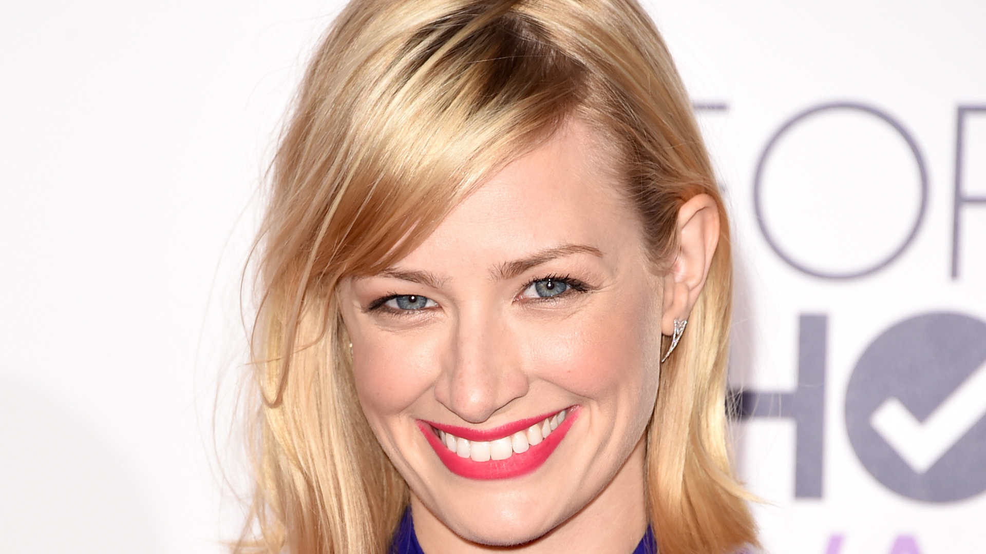 1920x1080 - Beth Behrs Wallpapers 2