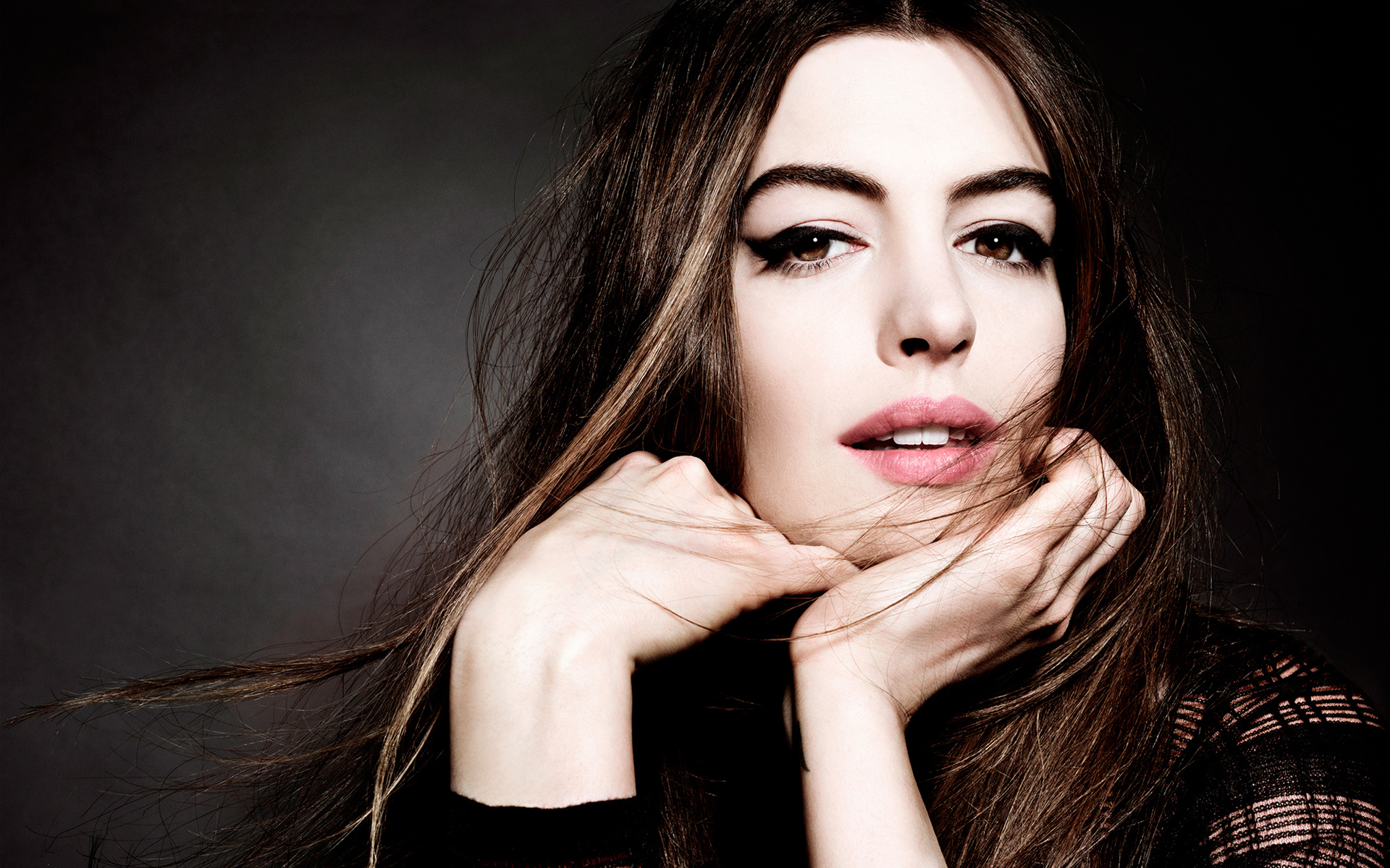 1920x1200 - Anne Hathaway Wallpapers 34