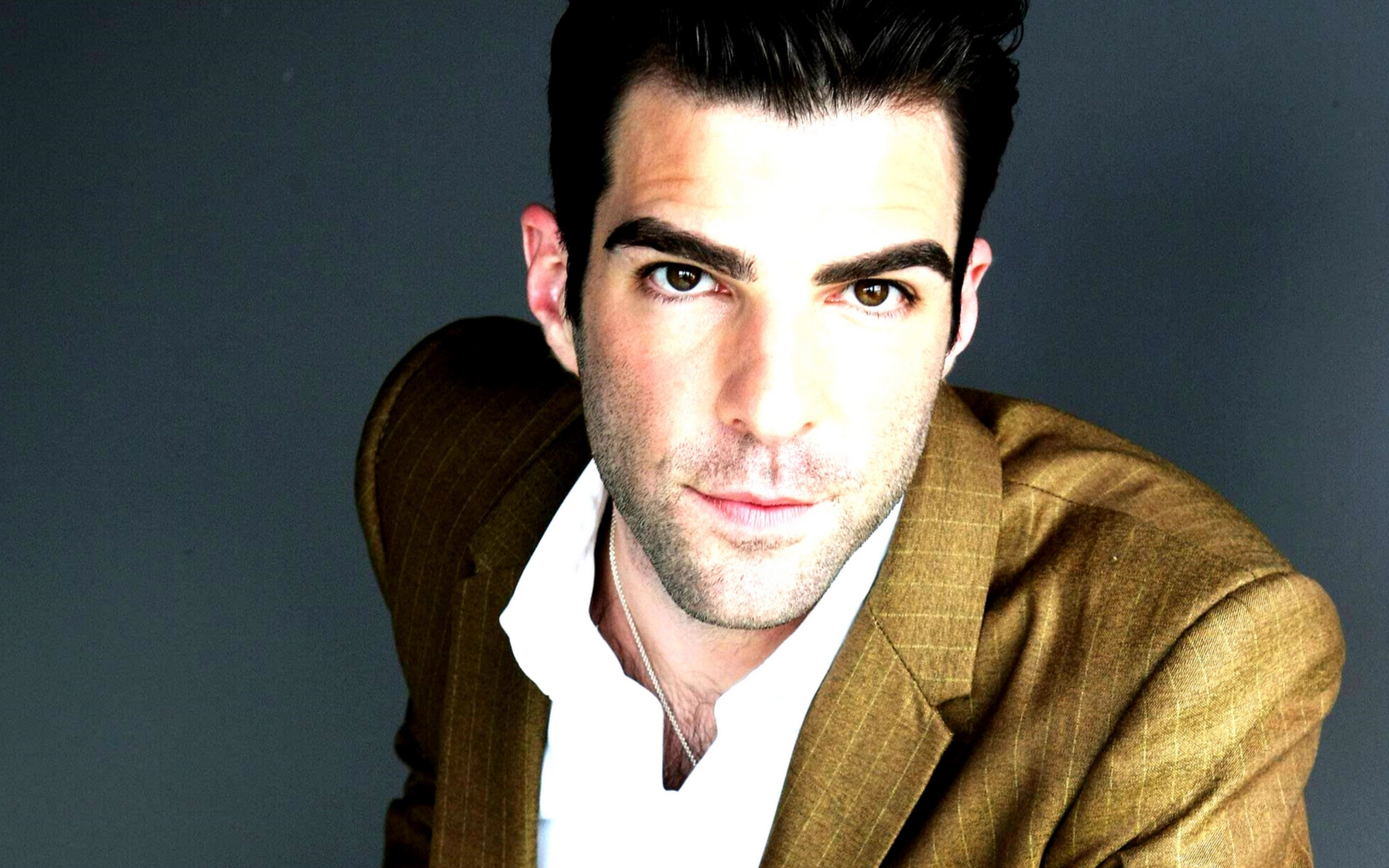 2560x1600 - Zachary Quinto Wallpapers 7
