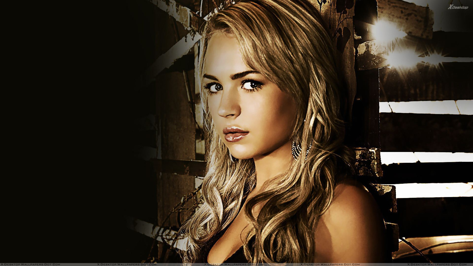 1920x1080 - Brittany Robertson Wallpapers 21