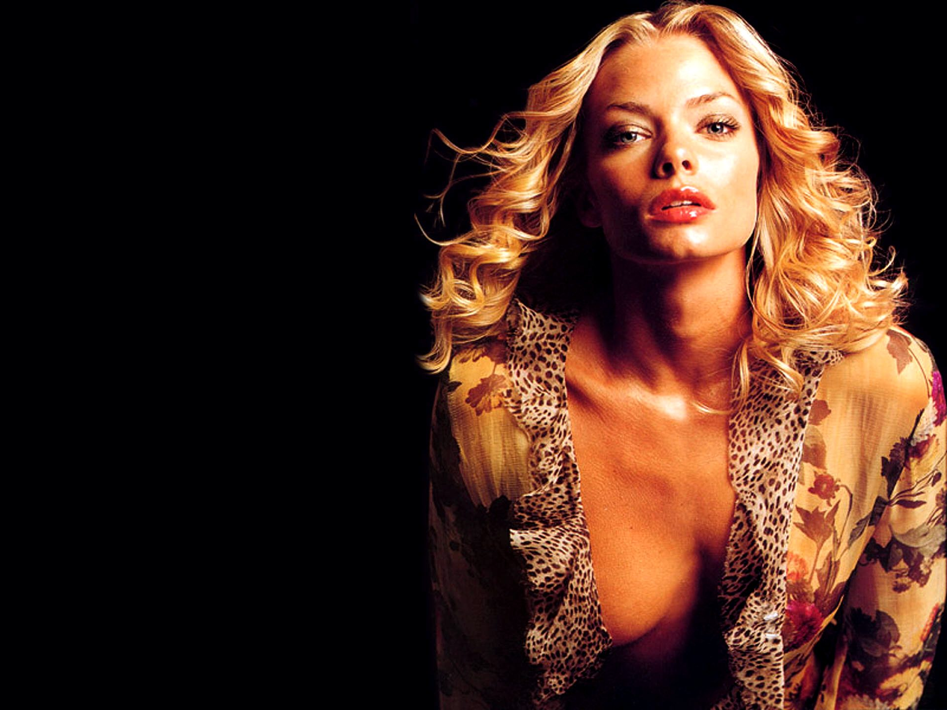 1920x1440 - Jaime Pressly Wallpapers 20