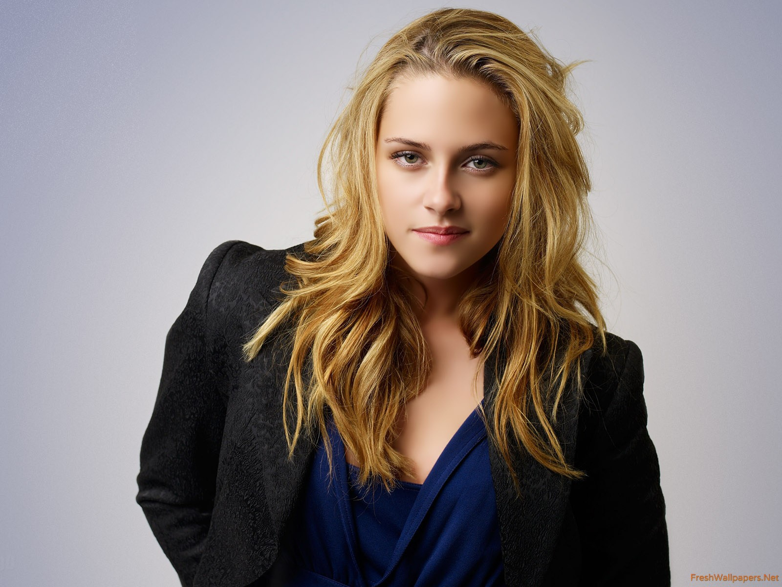 1600x1200 - Riley Keough Wallpapers 12