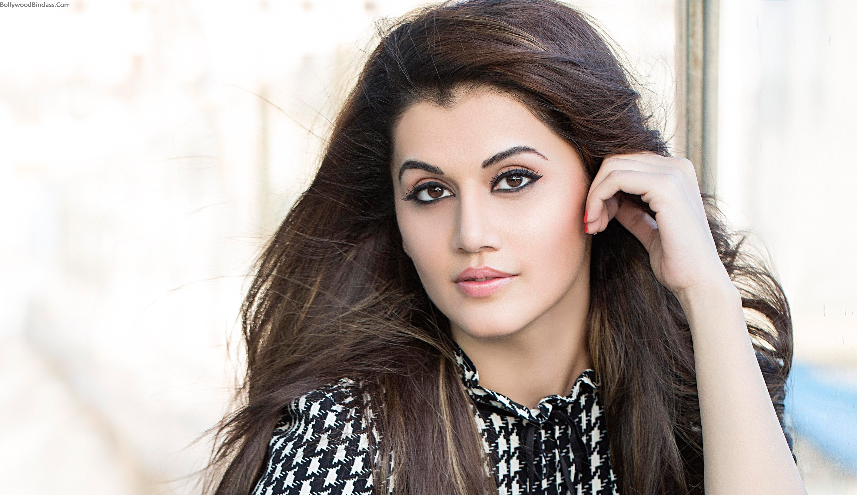 2829x1636 - Tapsee pannu Wallpapers 26
