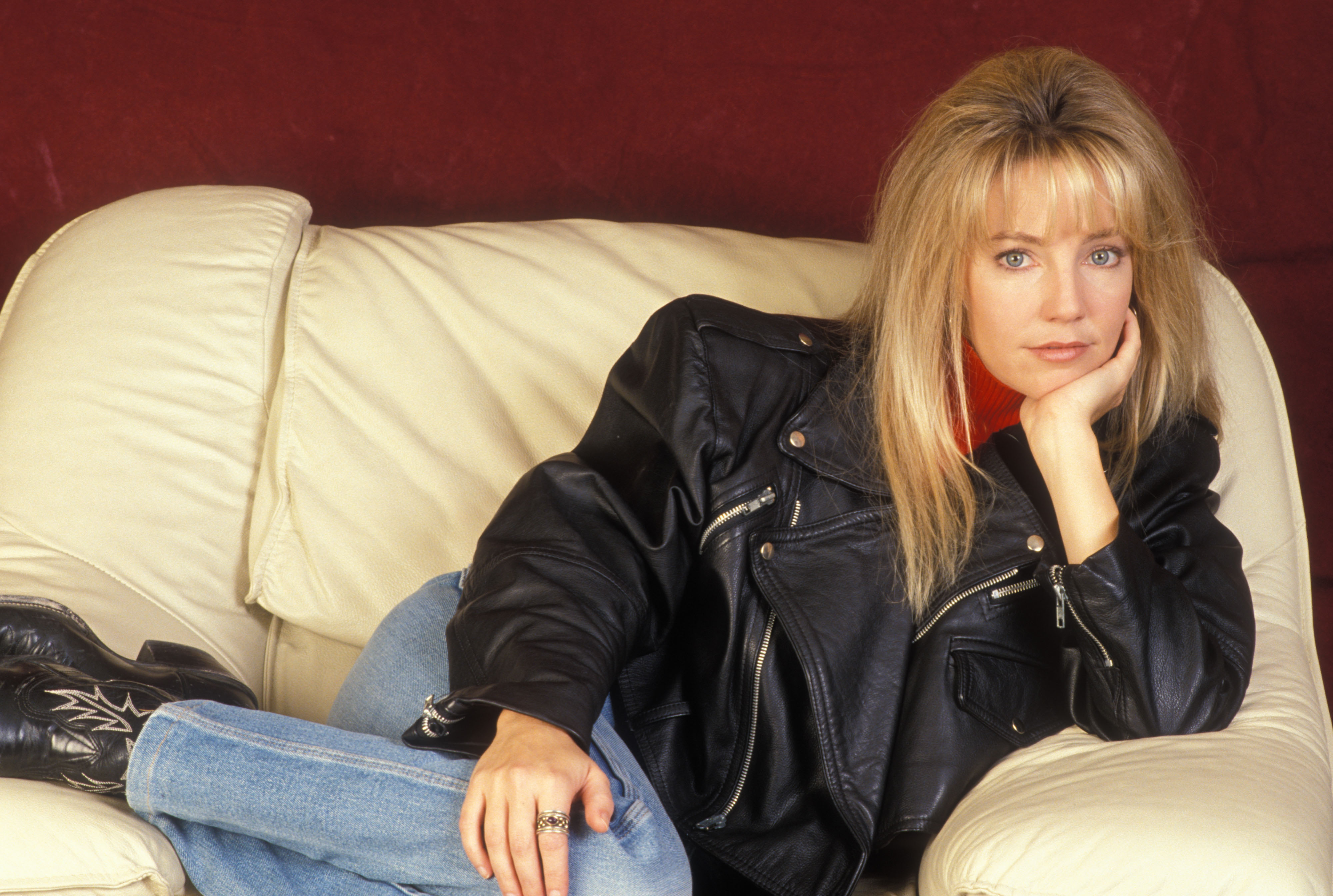 4000x2689 - Heather Locklear Wallpapers 9