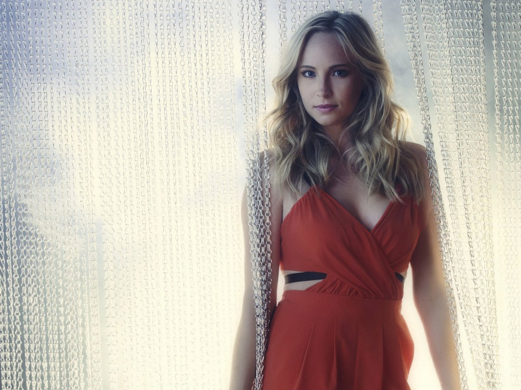 1024x768 - Candice Accola Wallpapers 22