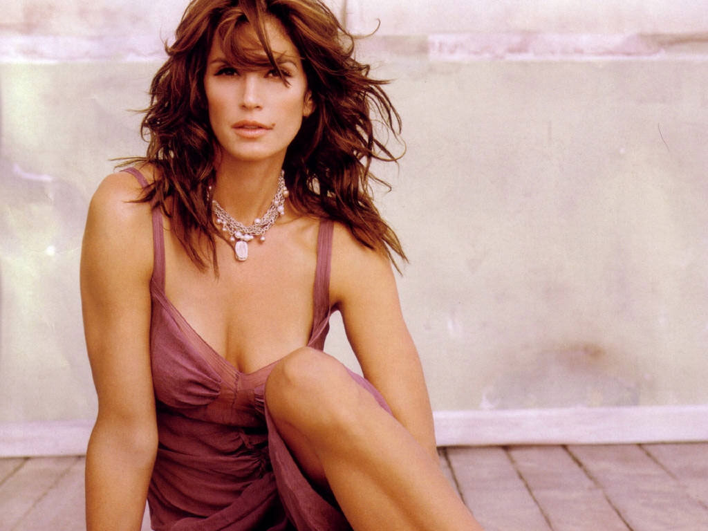 1024x768 - Cindy Crawford Wallpapers 7
