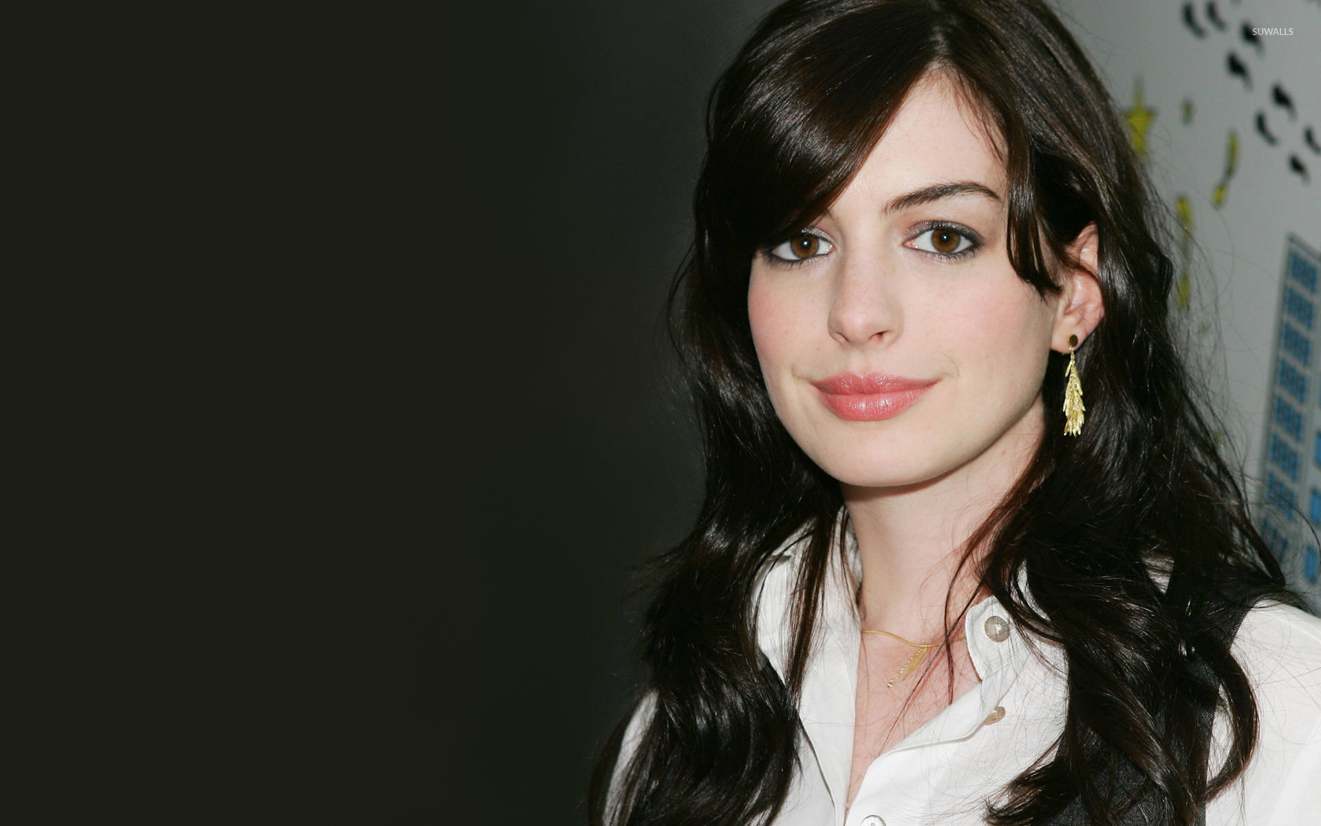 1920x1200 - Anne Hathaway Wallpapers 30