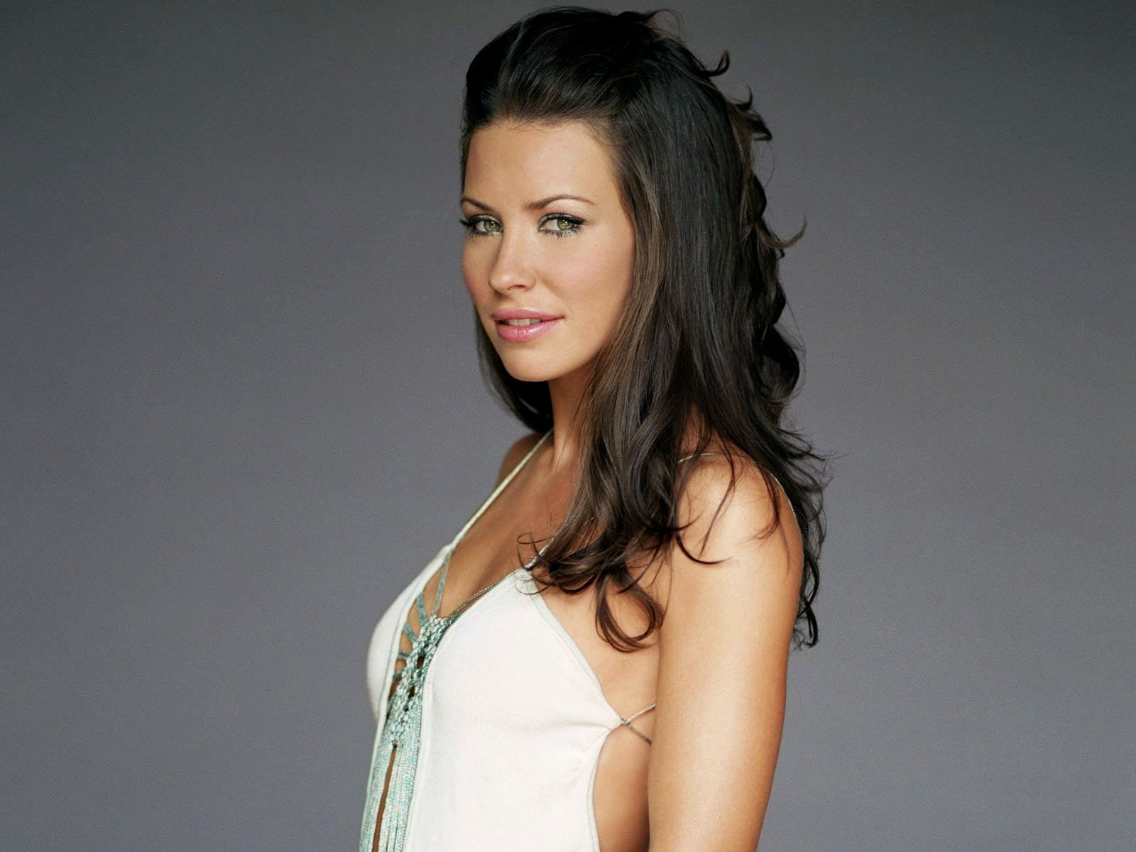 1600x1200 - Evangeline Lilly Wallpapers 14