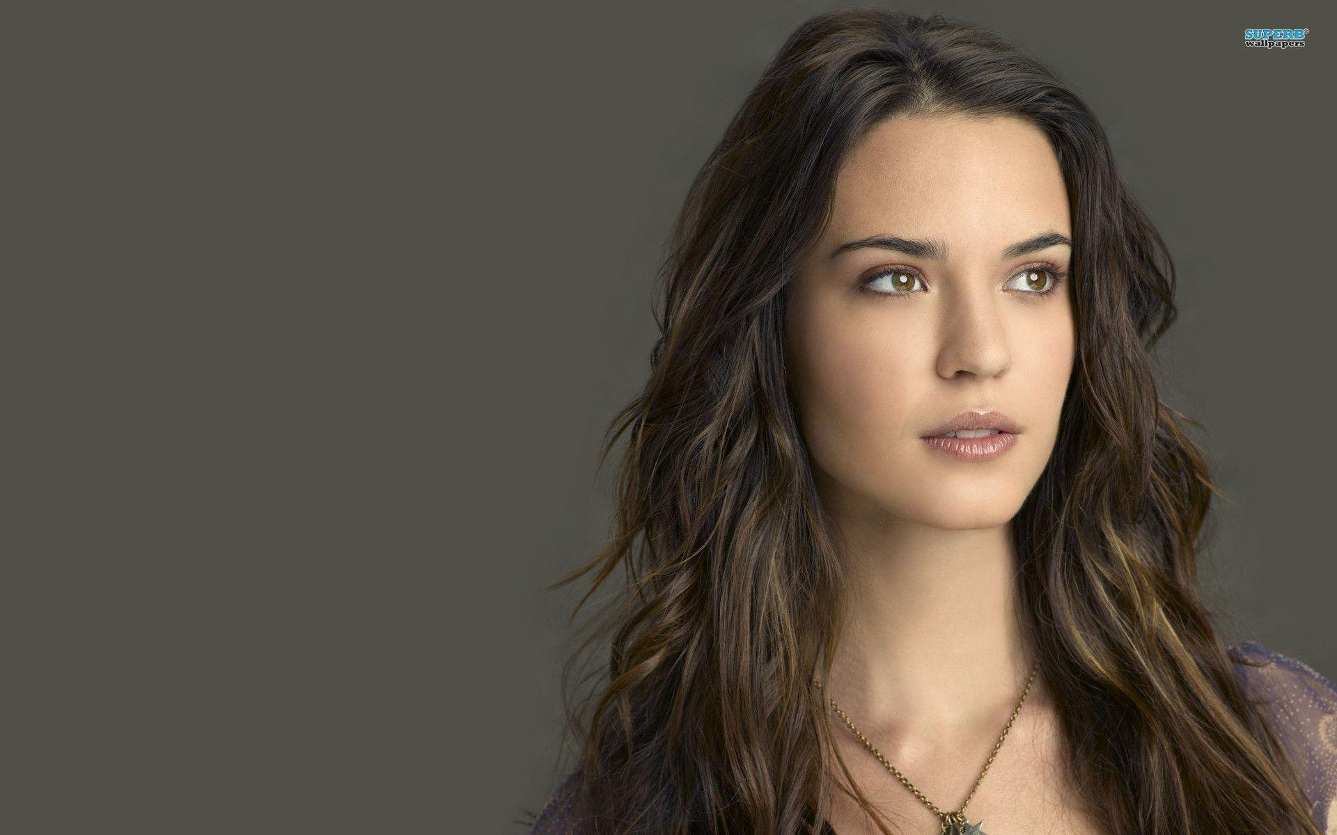 1920x1200 - Odette Annable Wallpapers 5