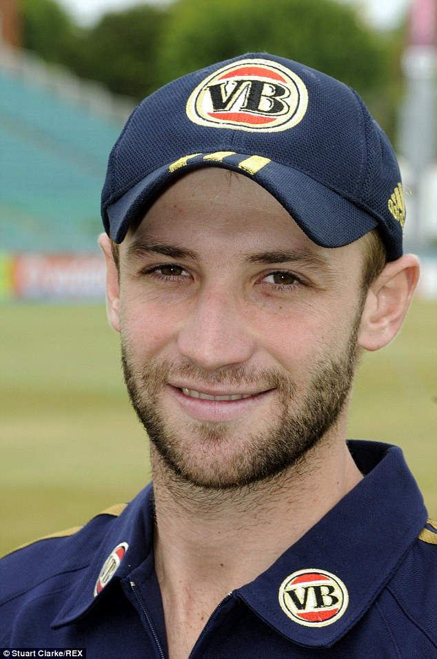 634x956 - Phillip Hughes Wallpapers 19