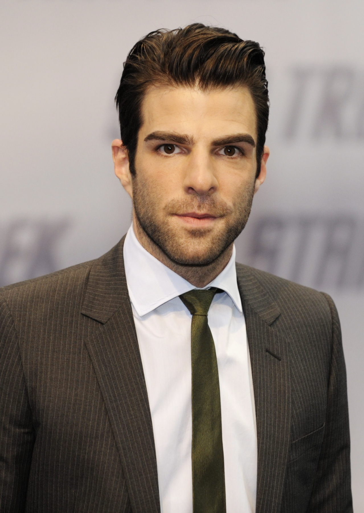 1279x1800 - Zachary Quinto Wallpapers 9