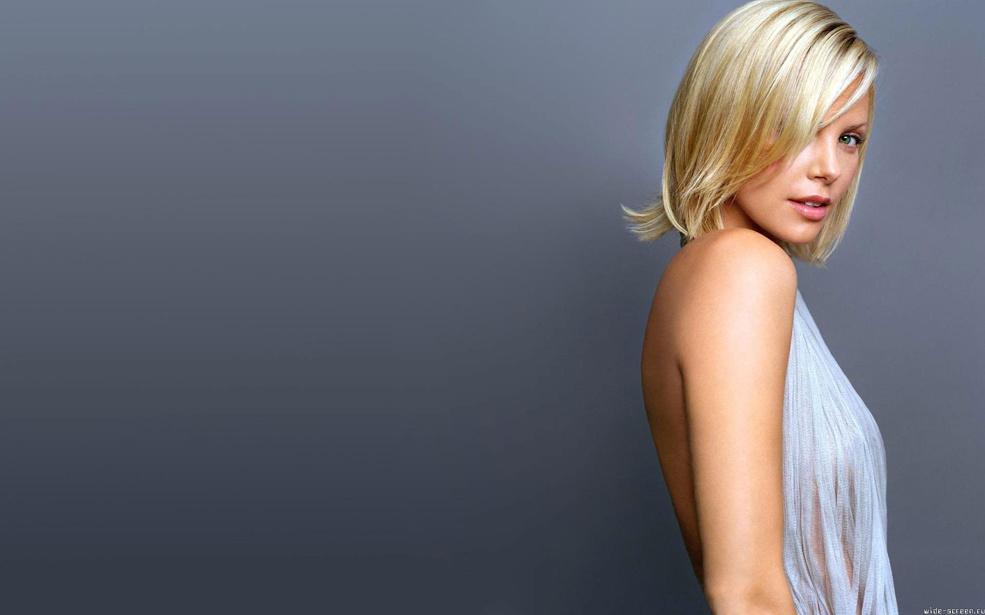 1920x1200 - Charlize Theron Wallpapers 9