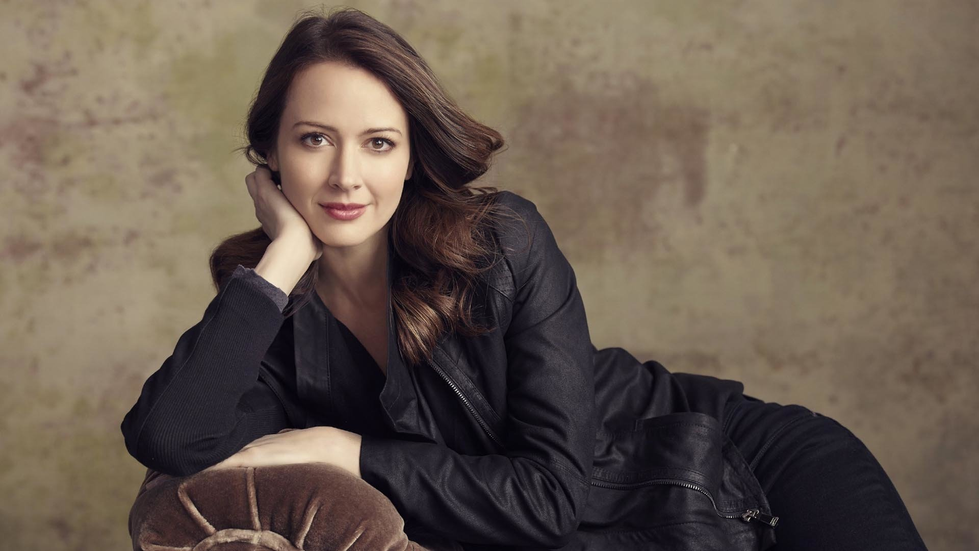 1920x1080 - Amy Acker Wallpapers 1