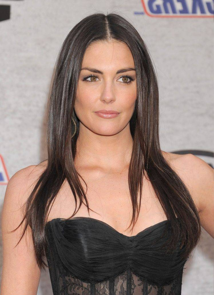 748x1031 - Taylor Cole Wallpapers 11