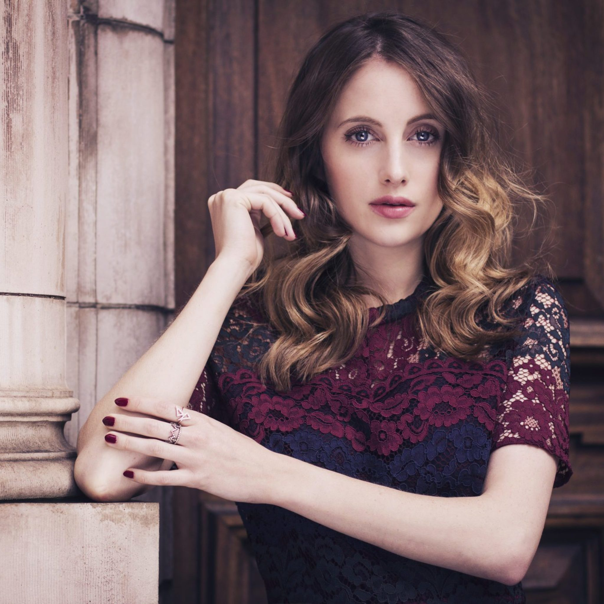 2048x2048 - Rosie Fortescue Wallpapers 3