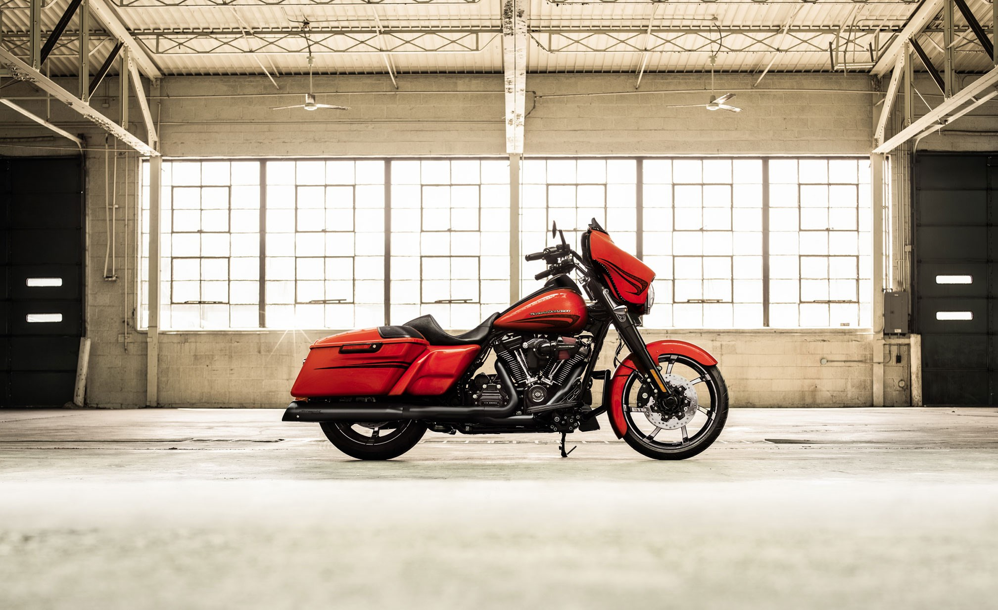2017x1233 - Harley-Davidson Electra Glide Ultra Classic Wallpapers 31