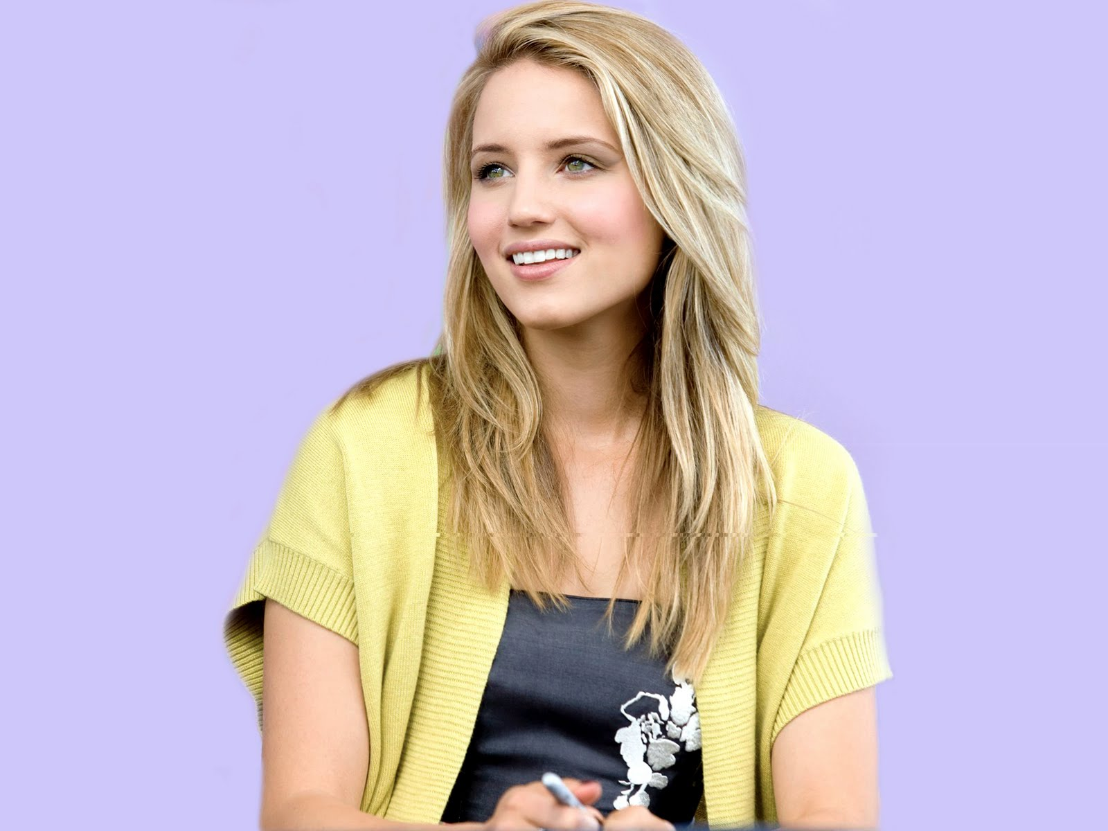1600x1200 - Dianna Agron Wallpapers 2