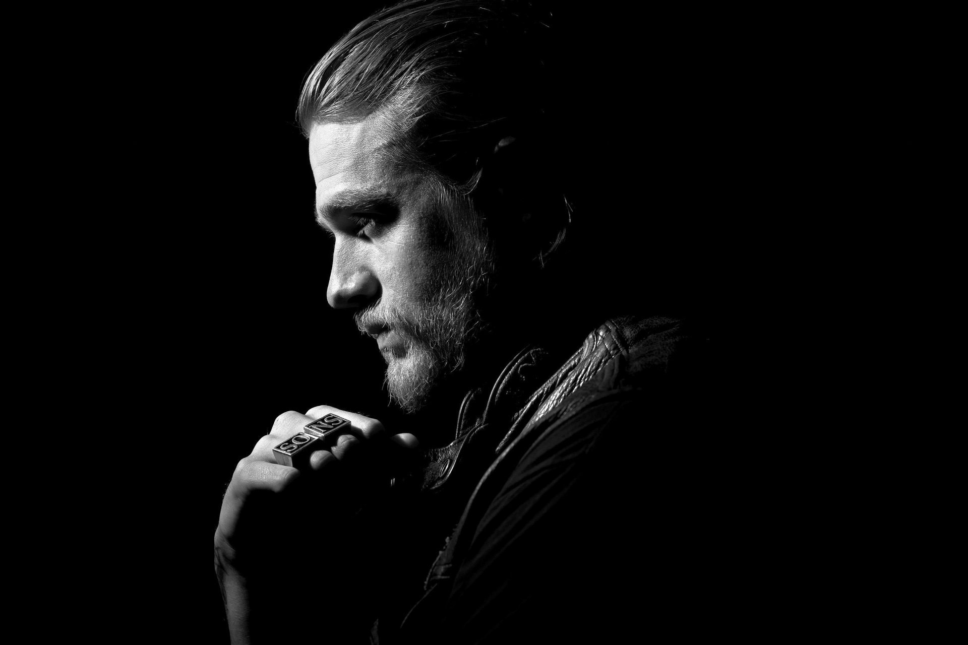 1920x1280 - Charlie Hunnam Wallpapers 4