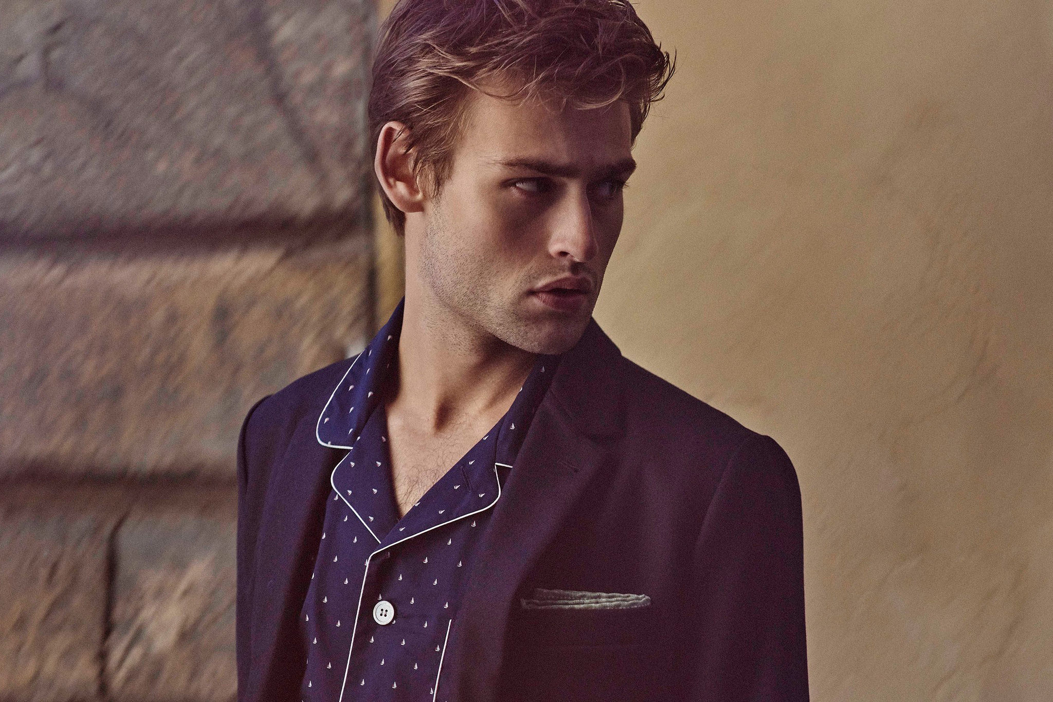 2048x1365 - Douglas Booth Wallpapers 9