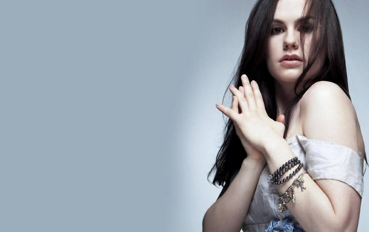 1280x804 - Anna Paquin Wallpapers 10