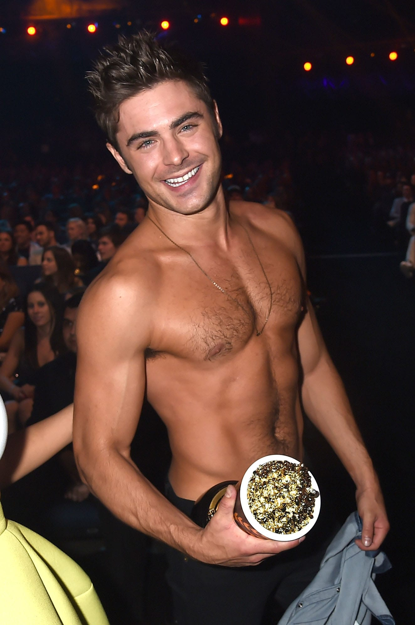 1324x1993 - Zac Efron Wallpapers 24