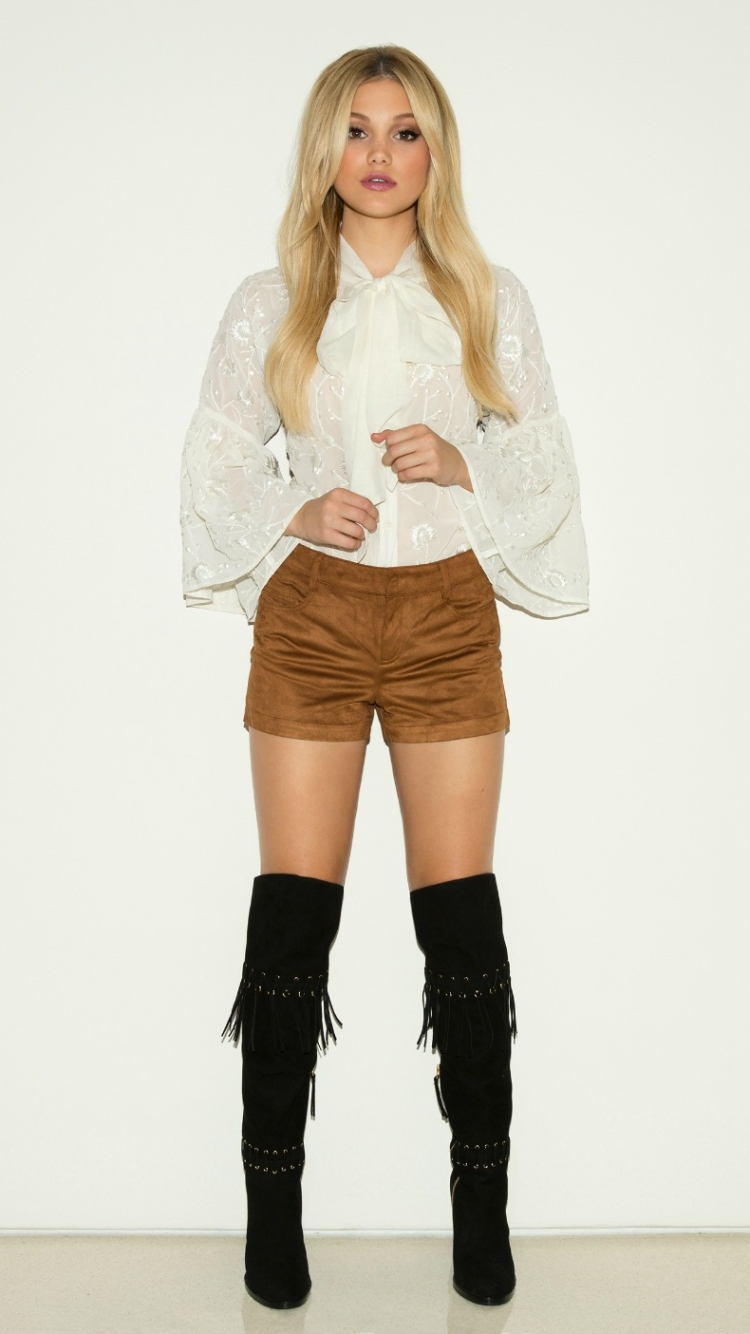 750x1334 - Olivia Holt Wallpapers 11
