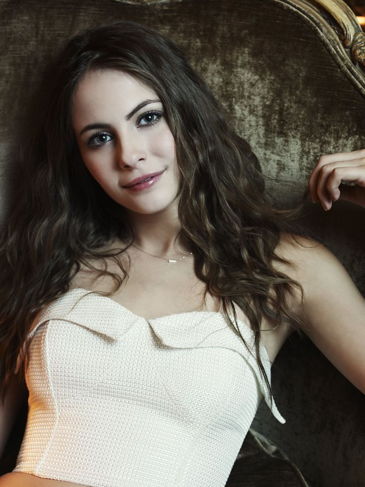 736x981 - Willa Holland Wallpapers 22