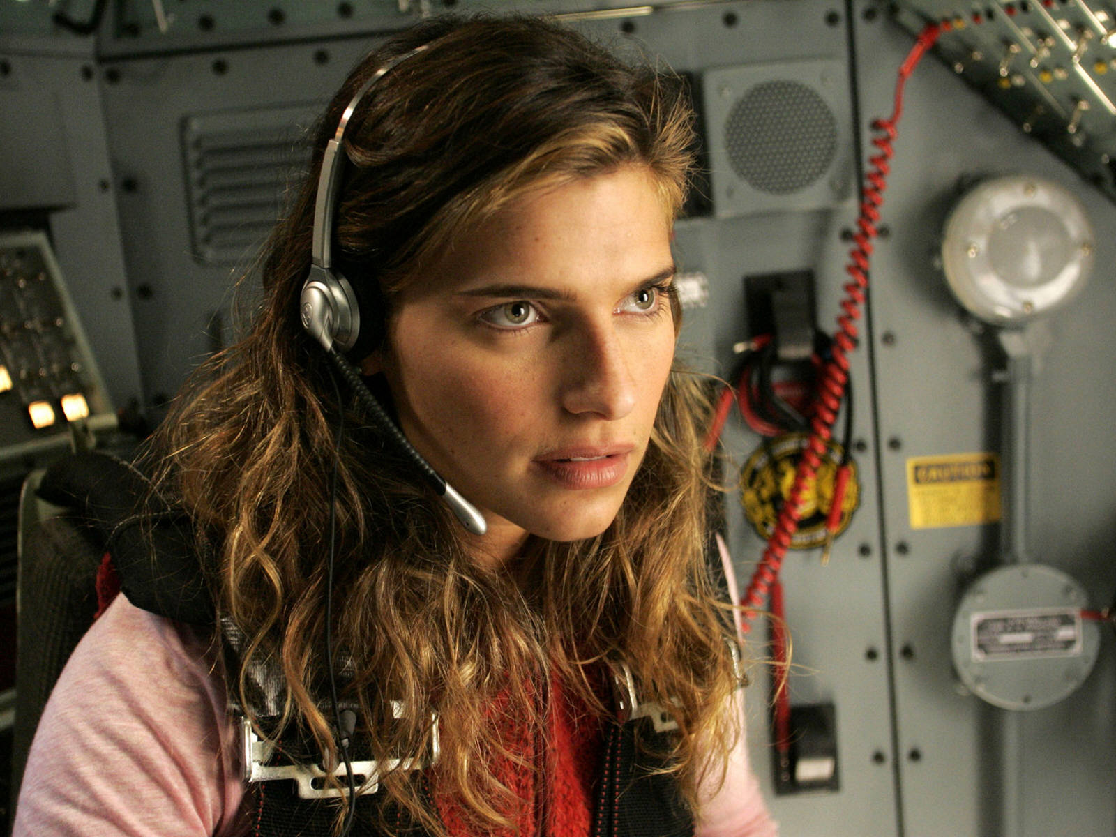 1600x1200 - Lake Bell Wallpapers 28