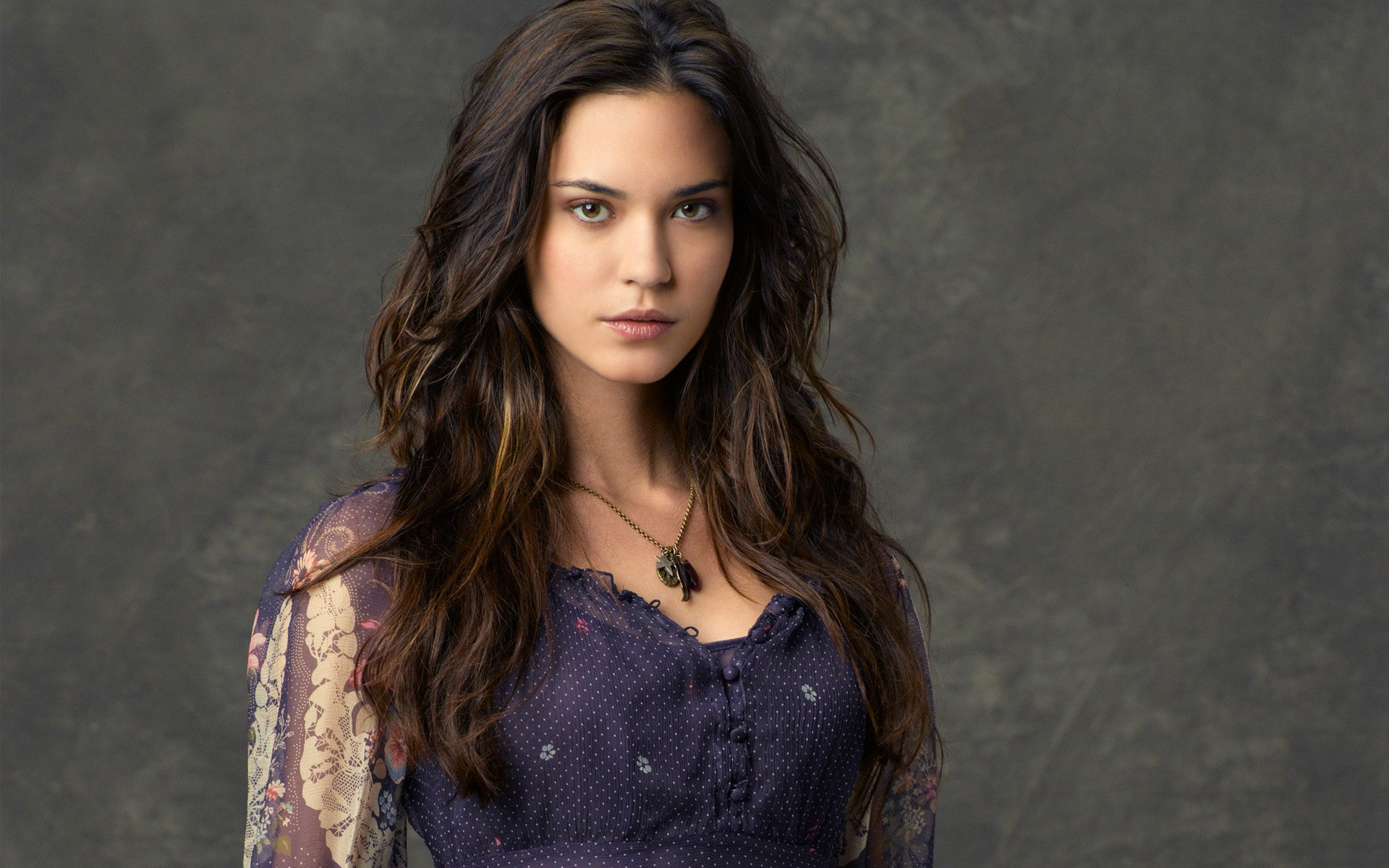 1920x1200 - Odette Annable Wallpapers 2
