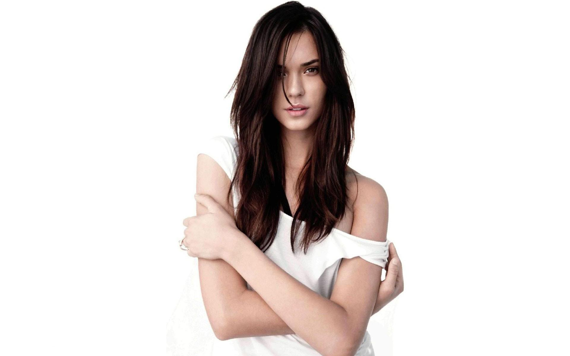 1920x1200 - Odette Annable Wallpapers 9