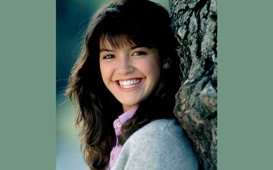 1092x682 - Phoebe Cates Wallpapers 25