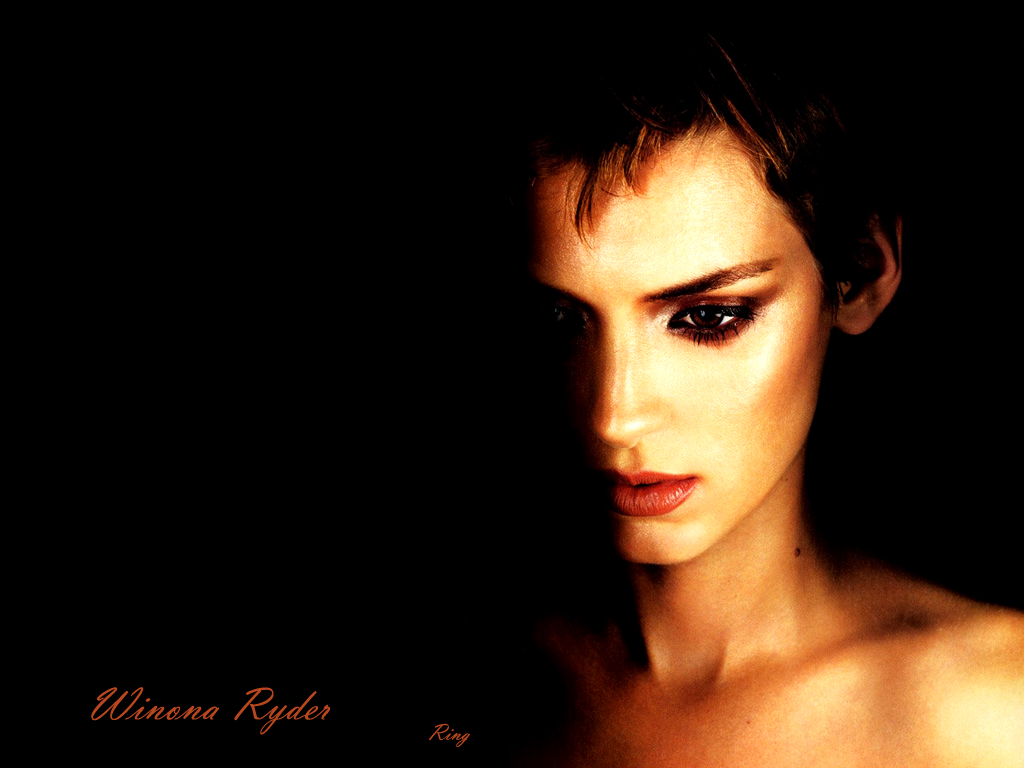 1024x768 - Winona Ryder Wallpapers 5