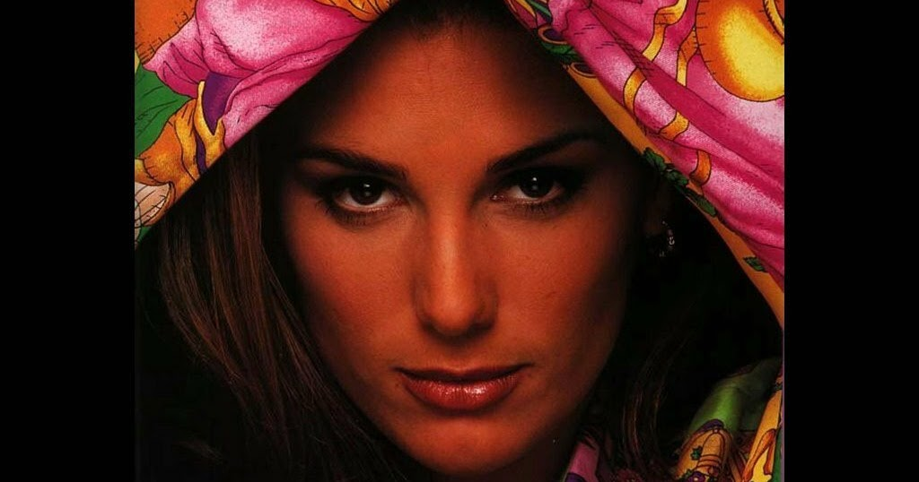 1024x538 - Daisy Fuentes Wallpapers 26