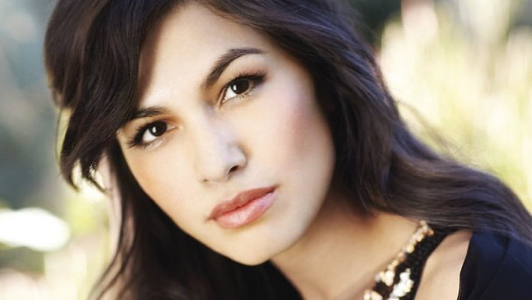 1748x984 - Elodie Yung Wallpapers 4