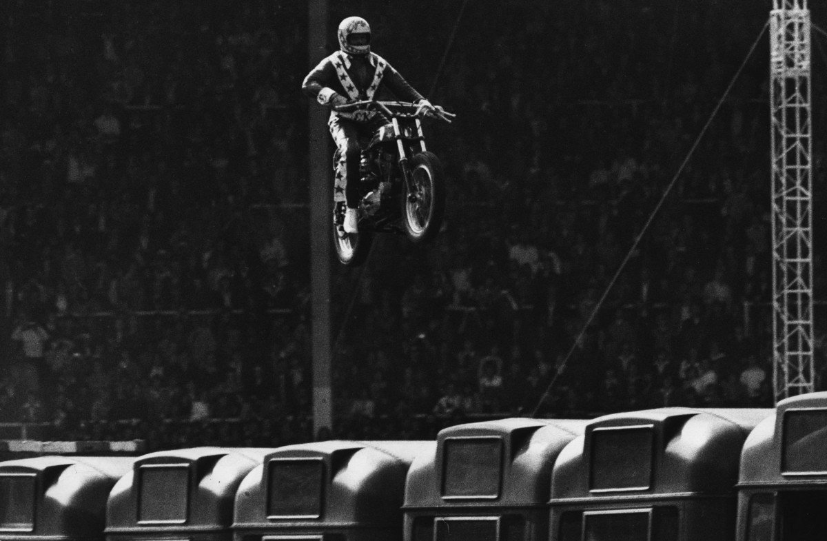 1200x785 - Evel Knievel Wallpapers 3