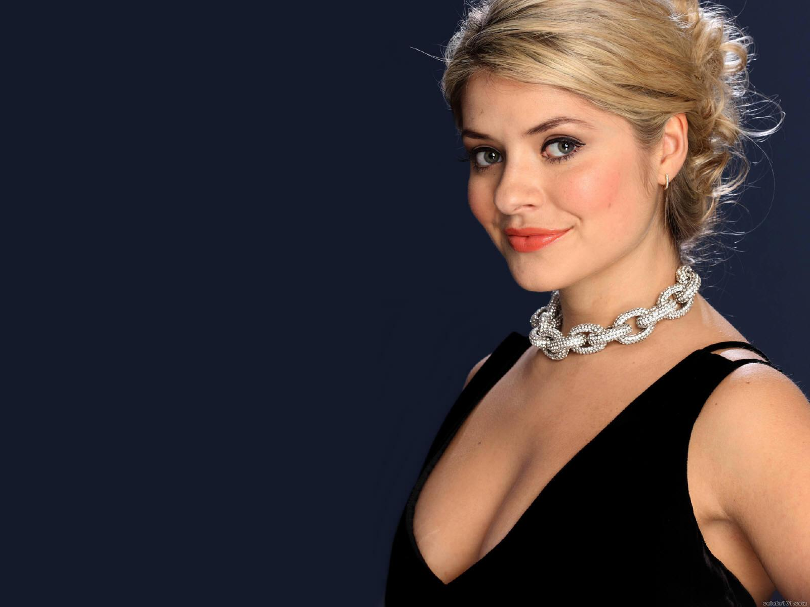 1600x1200 - Holly Willoughby Wallpapers 13