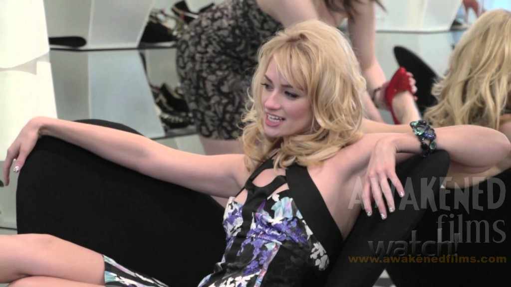 1024x576 - Beth Behrs Wallpapers 5
