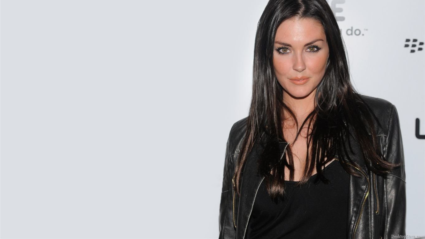 1366x768 - Taylor Cole Wallpapers 12