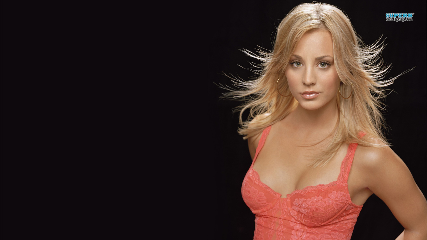 1366x768 - Kaley Cuoco Wallpapers 22